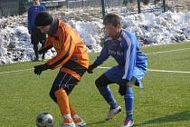 Z fotbalového utkání kolínského zimního turnaje Polaban Nymburk - FK Kolín