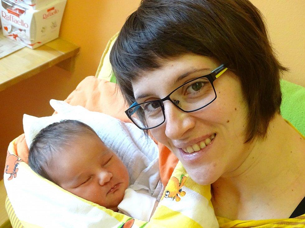 ANNA ZBOŘILOVÁ se narodila 7. února 2018 ve 2.18 hodin s výškou 52 cm a váhou 3 840 g. Z prvorozené a předem prozrazené holčičky se radují rodiče Olga a Oldřich z Říčan u Prahy.