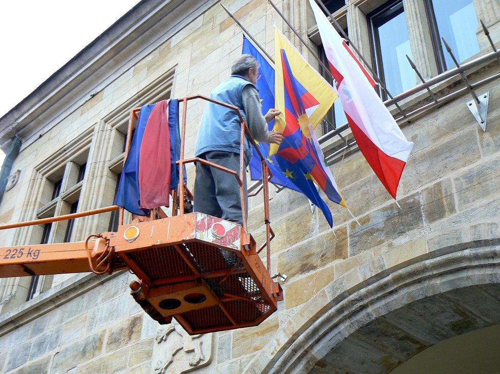 Tibetskou vlajku vyvěsila nymburská radnice vůbec poprvé.