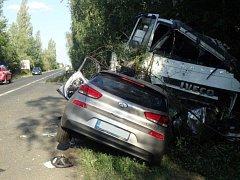 K vážné nehodě poblíž Dobřejovic letěl vrtulník.