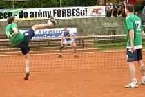 BLÍZKO BODU byla nohejbalová rezerva Čelákovic, nakonec musela poslední zápas kvůli zranění skrečovat a prohrála