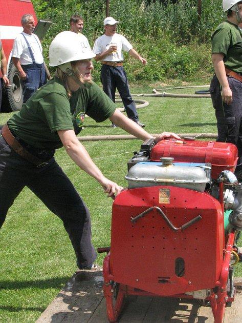V Křinci se bojovalo o pohár dobrovolných hasičů.