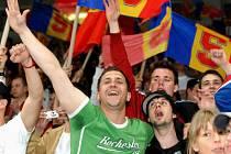 Mezi nejkontroverznější fanoušky patří tvrdé křídlo příznivců pražské Sparty. Jejich manýry se však bohužel šíří i na okresy. Ilustrační foto