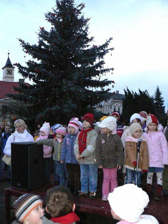 Vánoční strom v Sadské
