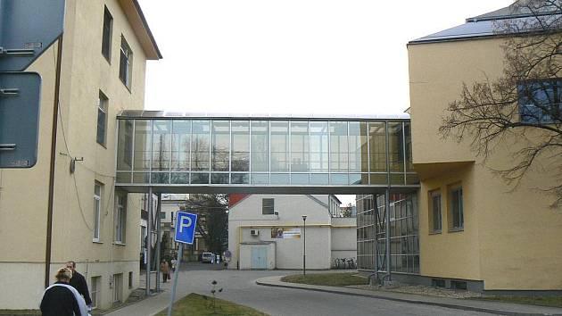 Nemocniční pavilony objektivem ve čtvrtek 3. února 2011