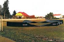 PUMPTRACKOVÁ DRÁHA v Olejomlýnském parku v Jirkově.