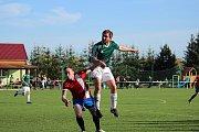 Z fotbalového utkání I.B třídy Bílé Podolí - Pátek (0:1)