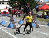 Běh na 100 metrů s překážkami, štafeta 4 x 100 metrů s překážkami a požární útok. To jsou tři disciplíny, ve kterých se na čas soutěžilo v rámci Krajské soutěže v požárním sportu.
