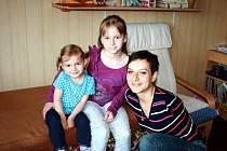 Maminka Míša se svými dcerkami