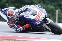 Jorge Lorenzo určitě v Dymokurech nepojede, ale příznivci motocyklového sportu se  přesto mají na co těšit.