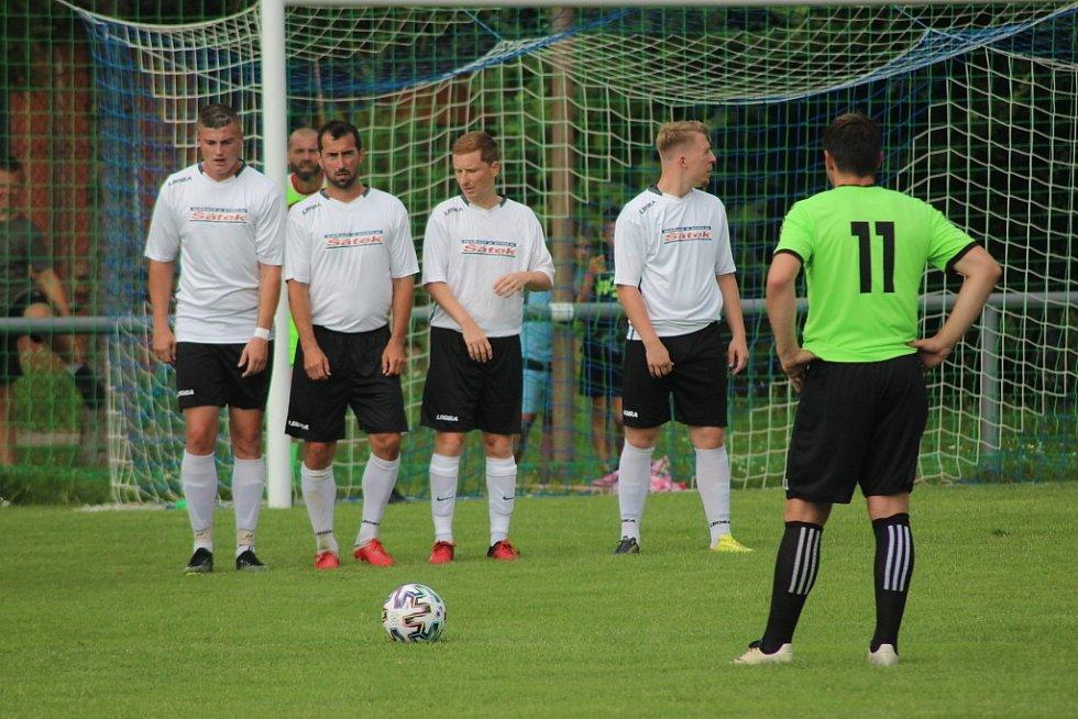 Z přípravného fotbalového utkání Sokoleč - Milovice