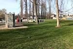 V Nymburce usilují o Dog park, v Poděbradech o workoutové hřiště u Labe. Foto a vizualizace: archivy měst