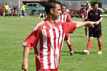 Nestárnoucí Ivan Plecitý stále nastupuje za Milovice.