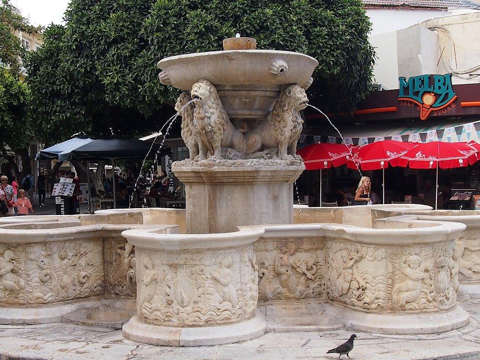 V dalším díle putování jsme navštívili místo, kde vzniklo pojmenování labyrint. I hlavní město Kréty Héraklion.