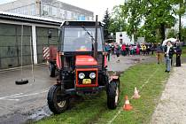 Krajské kolo jízdy zručnosti traktorem se konalo na Střední zemědělské škole v Poděbradech.