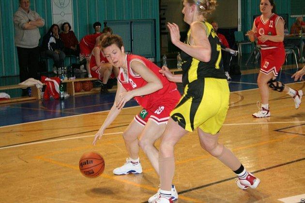 Košíkářky Nymburka vyhrály oba zápasy.