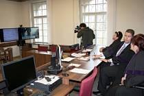 Nymburský soudce poprvé v republice rozhodoval prostřednictvím telemostu