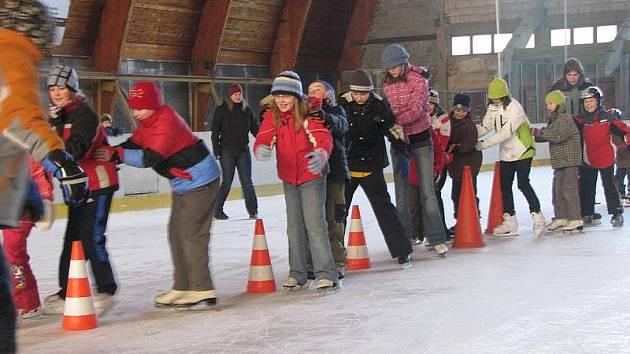 Poděbradské děti užívají prázdniny i na zimáku