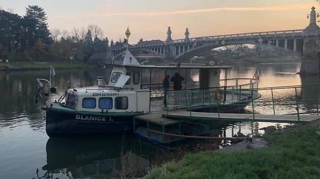 Přívoz v Nymburce patří lodi Blanici.
