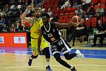 Z basketbalového utkání play off Nymburk - Ústí nad Labem (86:59)