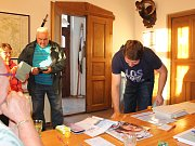 V Osečku podle zkušené volební komise chodí ke komunálním volbám 60 až 70 procent oprávněných voličů.