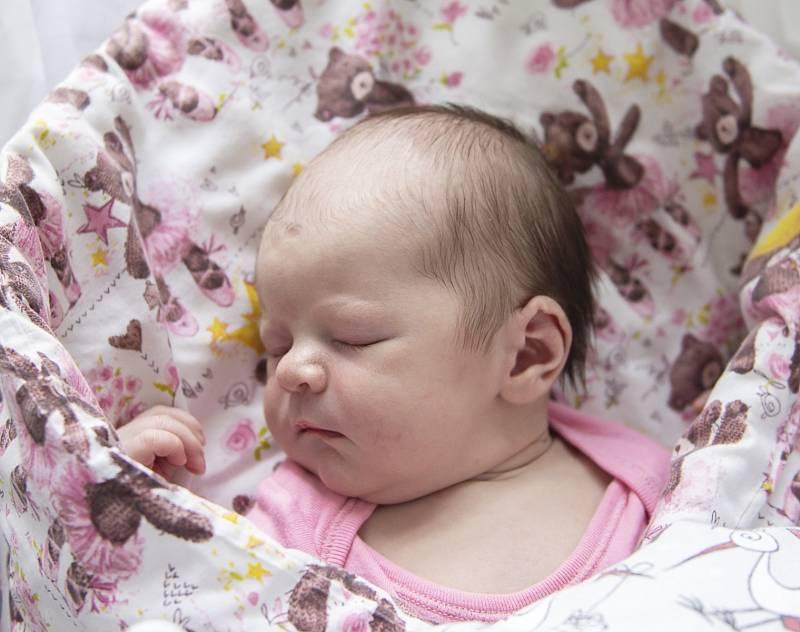 Lara Kolková z Poděbrad se narodila v nymburské porodnici 4. října 2021 v 13:15 hodin s váhou 4020 g a mírou 50 cm. Prvorozená holčička bude vyrůstat s maminkou Kateřinou a tatínkem Lukášem.