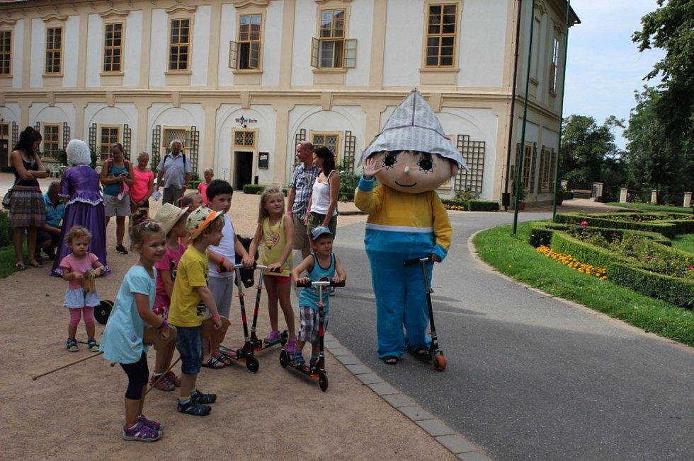 Pohádkové léto na zámku Loučeň.