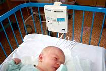 Nymburská porodnice získala prostřednictvím Nadace Křižovatka deset nových monitorů dechu.