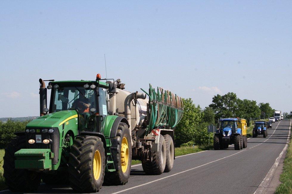 Protest zemědělců na jičínském tahu