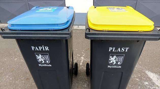 Takto budou vypadat popelnice na papír a plasty u nymburských domů.