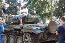 Mírovice 2008 - to byl název vzpomínkové akce ke 40 letům od okupace, která se konala v sobotu v Milovicích