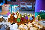 Stovky lidí navštívily oblíbený bazar Vem-ber.