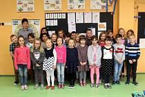 První třída s třídní učitelkou Romanou Řehákovou