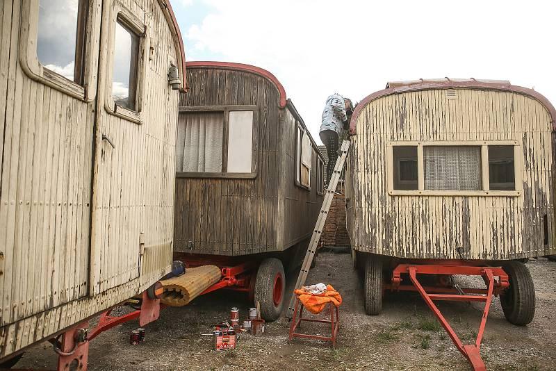 Zimoviště Cirkusu Humberto ve Staré Lysé na Nymbursku