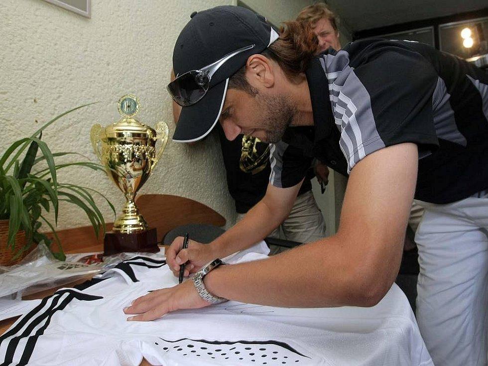 Červenec 2009: Melinho se loučí se Sigmou