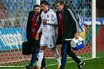 Jakub Pokorný s týmovými lékaři