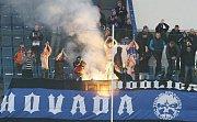 Fanoušci Sigmy na zápase s Ústím v Teplicích