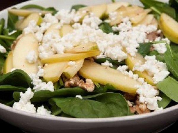 Špenátový salát sořechy