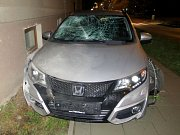 Nehoda Hondy Civic v Ladově ulici v Olomouci