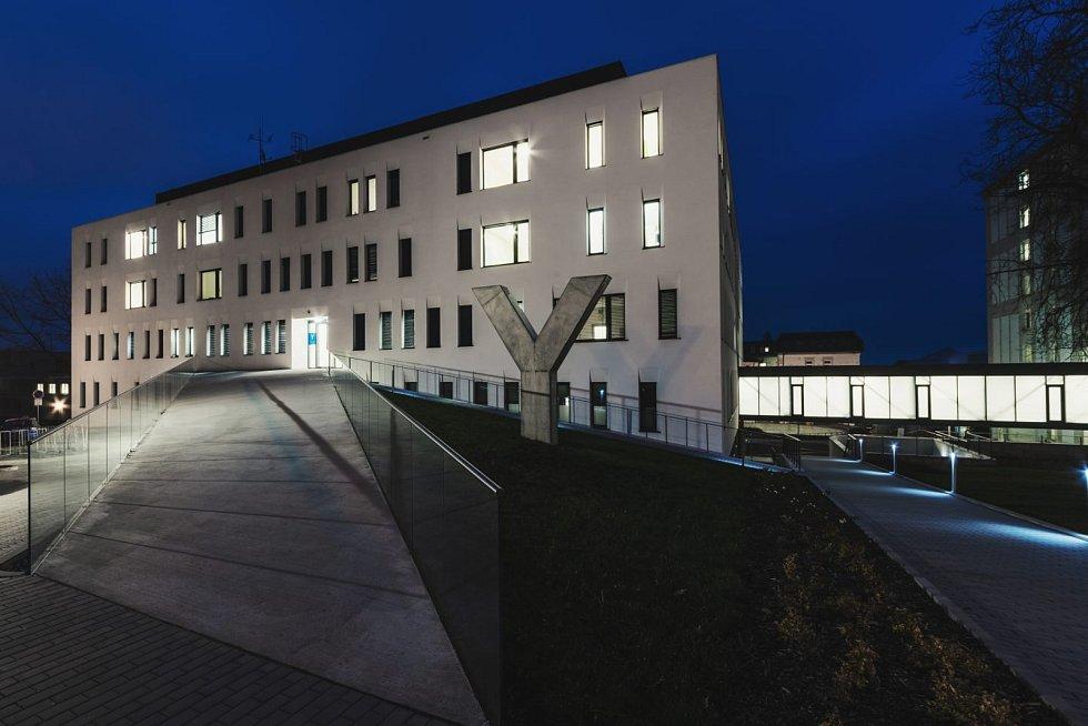 Novostavba II. interní kliniky a geriatrie v Olomouci. Autor Ing. arch. Adam Rujbr