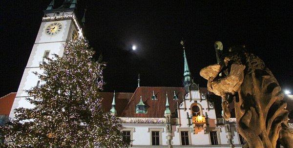 Rozsvěcení vánočního stromu na Horním náměstí vOlomouci
