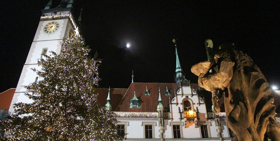 Rozsvěcení vánočního stromu na Horním náměstí v Olomouci
