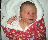 Adriana Knirschová, Litovel, narozena 10. října ve Šternberku, míra 52 cm, váha 3830 g