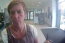 Neznámá žena zkoušela vybrat peníze z cizí platební karty