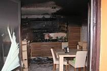 Požár kuchyně v rodinném domě v Chořelicích