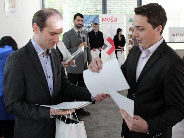 1. místo v kategorii Podnikání je pro mne výzva obsadil tým Obchodní akademie Olomouc ve složení Jan Navrátil a Filip Pospíšil