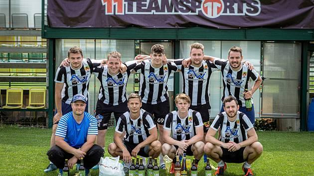 Turnaj v malé kopané Summer-Cup v areálu HFK Olomouc vyhrál FC Bosnov.Vítězný tým FC Bosnov