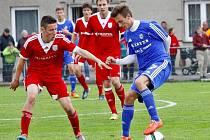 Fotbalisté Uničova (v červeném) proti Sigmě B