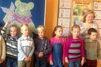 Prvňáčci na základní škole ve Městě Libavá. Ilustrační foto