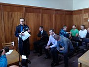 Soud kvůli tragické palbě na vozidlo na Libavé. Obžalovaní u soudu: (zleva) Zdeněk Havala, Marcel Kulišťák a Luděk Niedermeier
